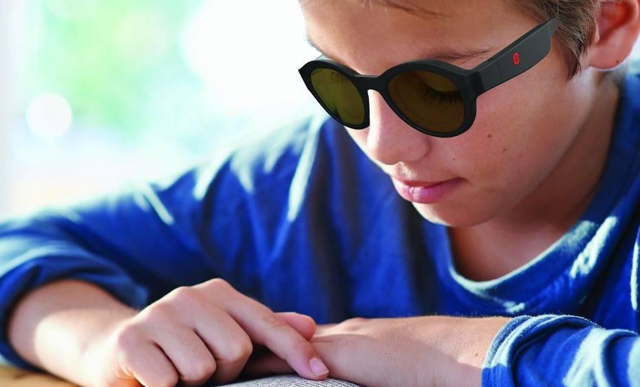 Les lunettes Lexilens, une réponse à la dyslexie ?!