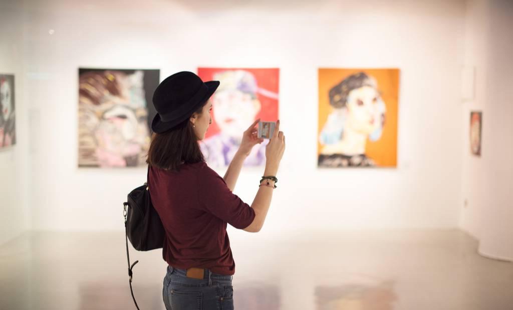Ask Mona lève 2 millions d'euros au service de la culture