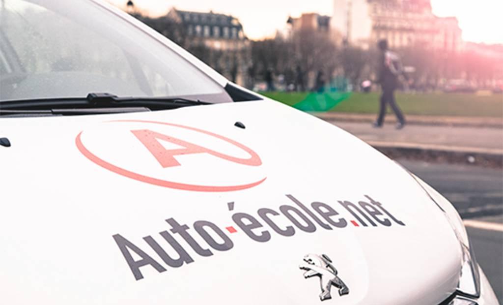 Permis de conduire en ligne : Auto-école.net lève 10 millions