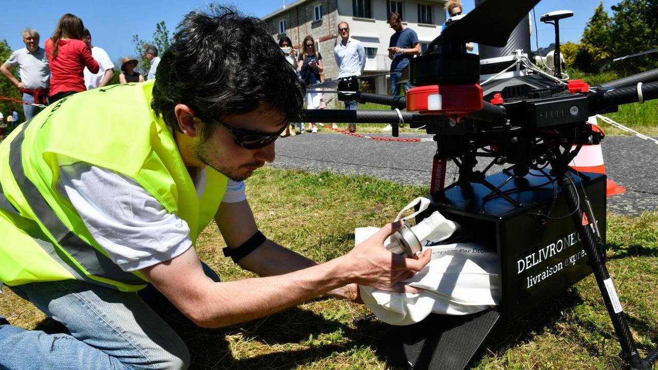 Delivrone, livraison par drone