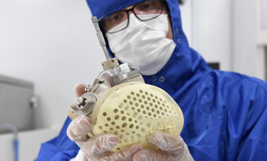 MedTech : Carmat implante son premier cœur artificiel