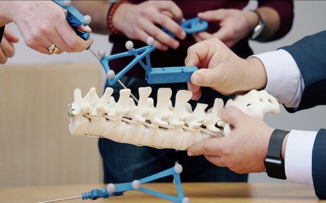 Spécialiste de la robotique chirurgicale, la jeune pousse grenobloise annonce, en ce mardi 19 janvier, une levée de 100 millions d'euros.