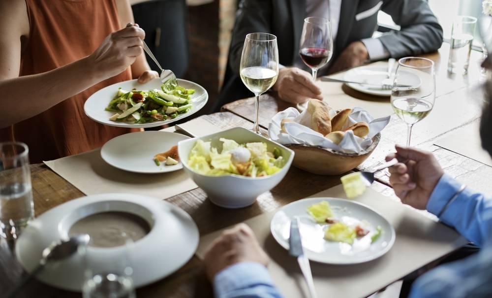 Chèque déjeuner : le groupe Up achète la start-up Leeto