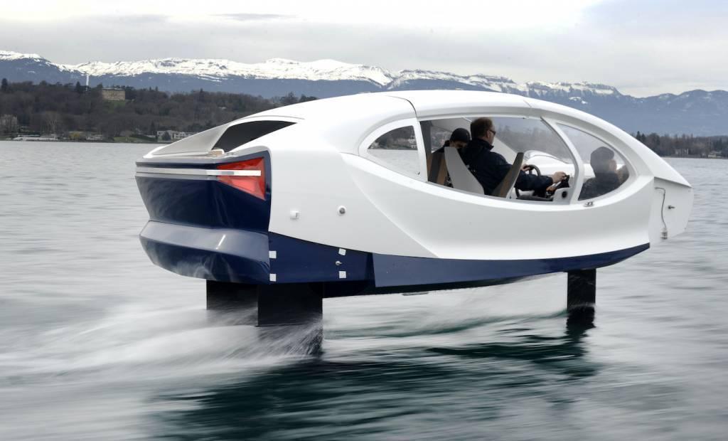 La startup Sea Bubbles présente son projet de taxis volants
