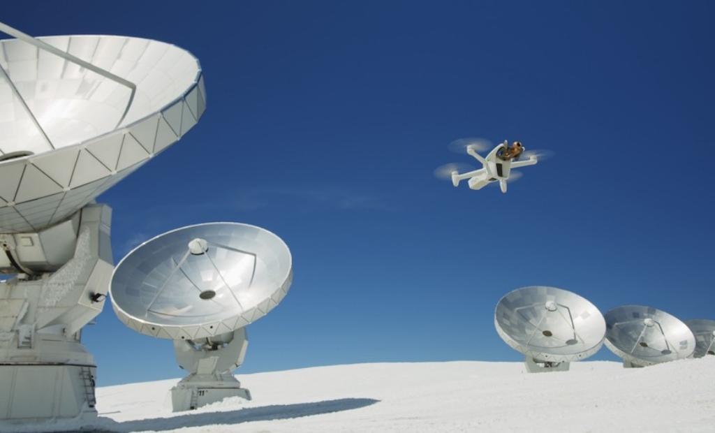 Parrot dévoile l'Anafi AI, un nouveau drone autonome