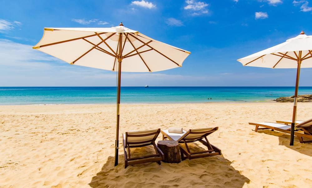 Réserver son transat en ligne bientôt possible avec Beachbooker